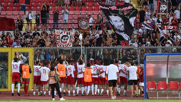 BRINDISI-NOCERINA, trasferta a rischio per i tifosi rossoneri